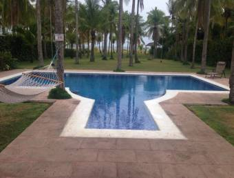 Venta de Casas de Playa en el Roble - Puntarenas