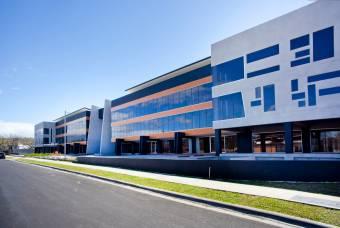 OPORTUNIDAD!!!! Oficinas en Centro Corporativo Lindora, precio por metro2