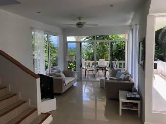 Se vende bella Quinta/Casa estilo mediterráneo/QUEPOS