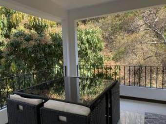 Imponente casa en venta totalmente equipada en Santa Ana #19-199