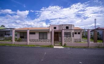 Increible casa a la venta en Naranjo