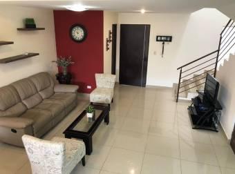 Venta de Casa en Condominio , Concepción de Cartago