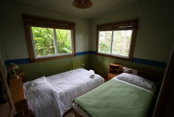 Villas Valle Bello  Hermosa casa y cabaña en Ujarrás
