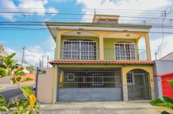 Venta de casa ubicada en Cartago, La Unión, Urbanización Monserrat