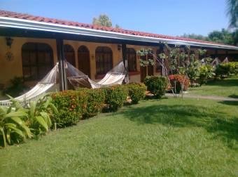 HOTEL EN PLAYA NARANJO - PAQUERA, PUNTARENAS. COD: 259