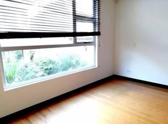 CityMax vende casa en condo muy seguro y familiar, a dos minutos de la 27