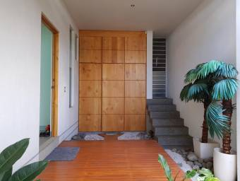 En venta hermosa casa muy moderna