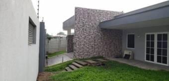 CG-20-1688.  Cómoda y Hermosa Casa en Venta.    En  GUALaGarita.