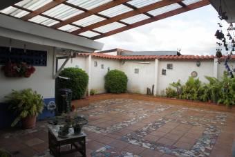 MLS #20-111 Venta de casa en San Jorge de Heredia