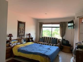 CG-20-1594.  Espectacular y Cómoda Casa en Venta.    En  HerHeredia.
