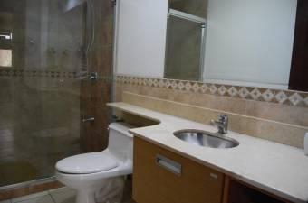 Magnifico apartamento en privilegiado Condominio