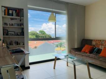 CG-20-327.  Espectacular y Cómodo Apartamento  en Venta.    En  Rohrmoser.