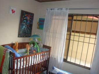 CG-20-885.  Hermosa y Cómoda  Casa en Venta.    En  Guápiles.