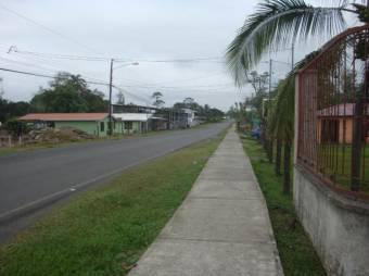 CG-20-903.  Hermosa y Cómoda  Casa en Venta.    En  Guápiles.