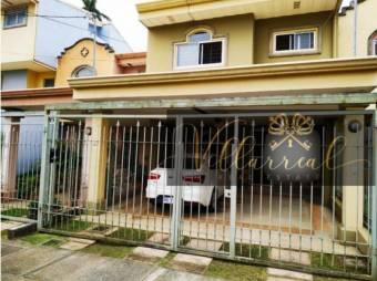 V#77 Hermosa casa en venta/Ciudad Colón