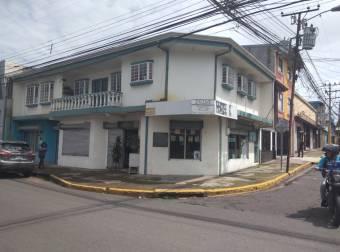 En venta edificio con uso de suelo mixto, barrio la cruz san José