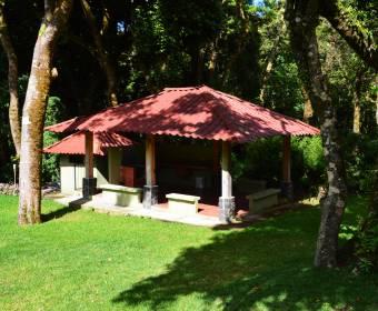 Hermosa casa en alquiler en San Rafael de Heredia.
