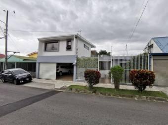 Venta de hermosa casa en SF Dos Ríos #21-2061