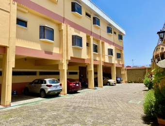 Comfortable Apartment 2 Bedrooms and 1 Bathroom