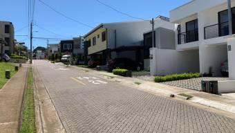 Se alquila Hermosa casa COMPLETAMENTE AMUEBLADA, 21-2546