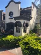 Preciosa casa en Guachipelín, San Rafael, Escazú