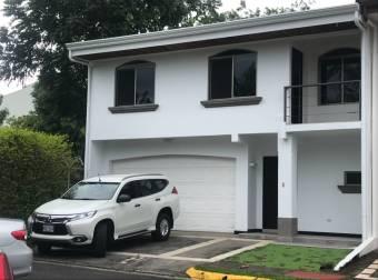Se vende casa Condominio  Hacienda el Viñedo , Pozos de Santa Ana