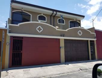 Linda casa en Urbanización Monserrat Concepción de Tres Ríos