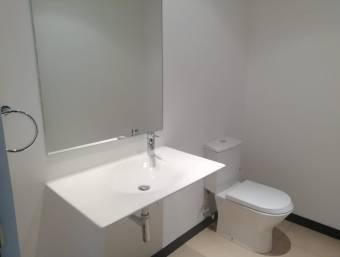 Citymax alquila apartamento amplio en Pozos ideal para pareja, 850usd/mes
