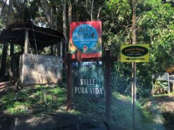 FIRE SALE!!!!! Lot located in Manuel Antonio Quepos, and close to shops and restaurants