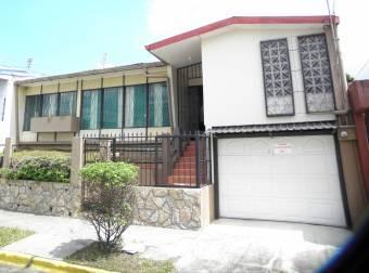 Casa en el Centro de Heredia