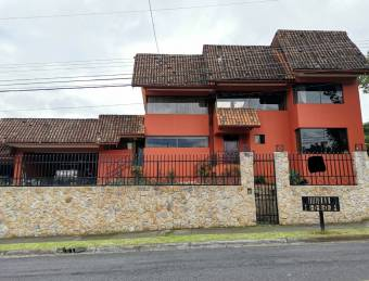 Large house for sale Exclusive residential