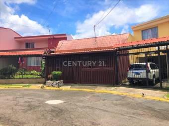 VENTA DE CASA UBICADA EN SABANILLA, MONTES DE OCA