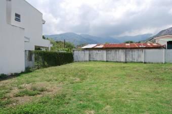 CG-20-1629.  Exclusivo Terreno con 197Mts2  en Venta.  En SantaAna.