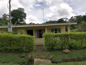 SALE OF BEAUTIFUL HOUSE IN DESAMPARADITOS PURISCAL
