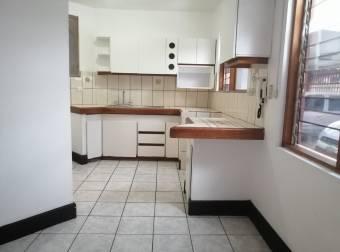 Edificio de Apartamentos en Venta en La Uruca,-Codigo 3914181