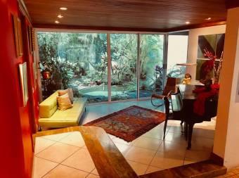 Casa en Venta en San Rafael de Escazu-CODIGO 2915962