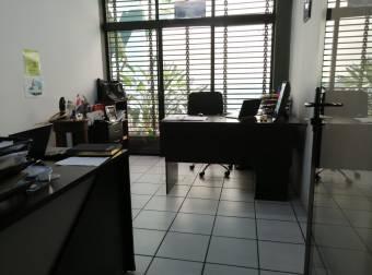 Oficinas en Alquiler Y Venta en San Vicente de Moravia-CODIGO 2952602