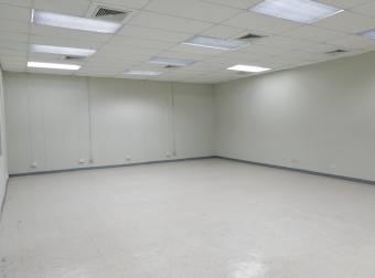Oficina en alquiler en El Barreal de Heredia. Cod.3613114