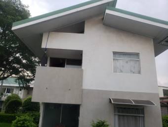 Venta de Apartamento en Condominio, en la Guácima de Alajuela
