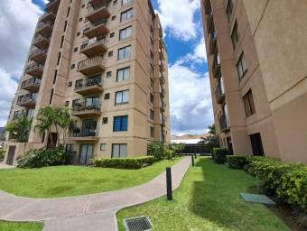 se vende apartamento con vista de lujo en Sabana cerca de la pops 25-58