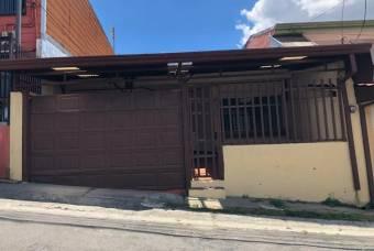 Casa en venta en Santo Domingo, Heredia. RAH 21-2147