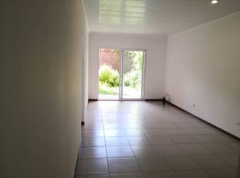 Apartamento en Alquiler en Santa Ana centro. - 3089246