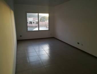 Apartamento alquiler en Santa Ana centro.- 388713