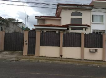 Linda casa en residencial en Granadilla