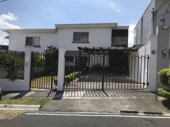 Casa en Venta Guachipelin Escazú Listing 20-524