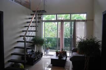 CG-19-913.  Espectacular  Apartamento  en Venta.  SantaAna.