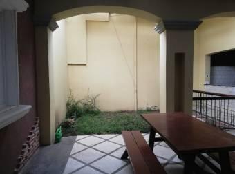 Se Alquila Casa / Local en barrio Escalante San Jose