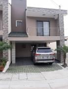 Alquiler de Amplia Casa de 4 Habitaciones en Condominio, Ciudad Colón