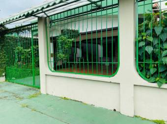 CG-20-1893.  Bonita Casa en Venta.  En Guápiles.