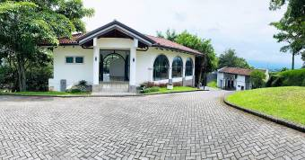 En venta hermoso terreno en exclusivo condominio